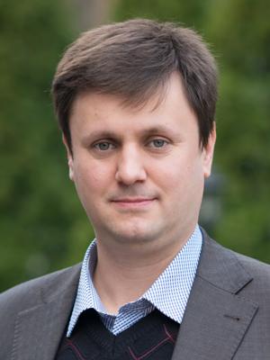 drozdov_2_300x400