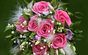 flowers-gift-of-pink-roses-1080P-wallpaper-middle-size