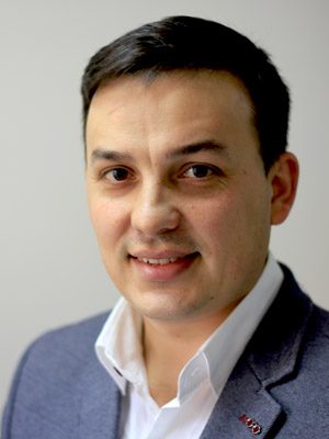 Usmanov_300x400